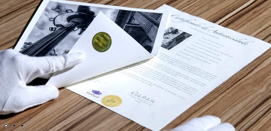 Etiqueta holográfica fornecida pela Hahnemühle para Certificado de Autenticidade