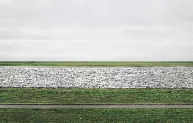 Andreas-Gursky-s-Rhein-II - fotografia mais cara do mundo em 2018
