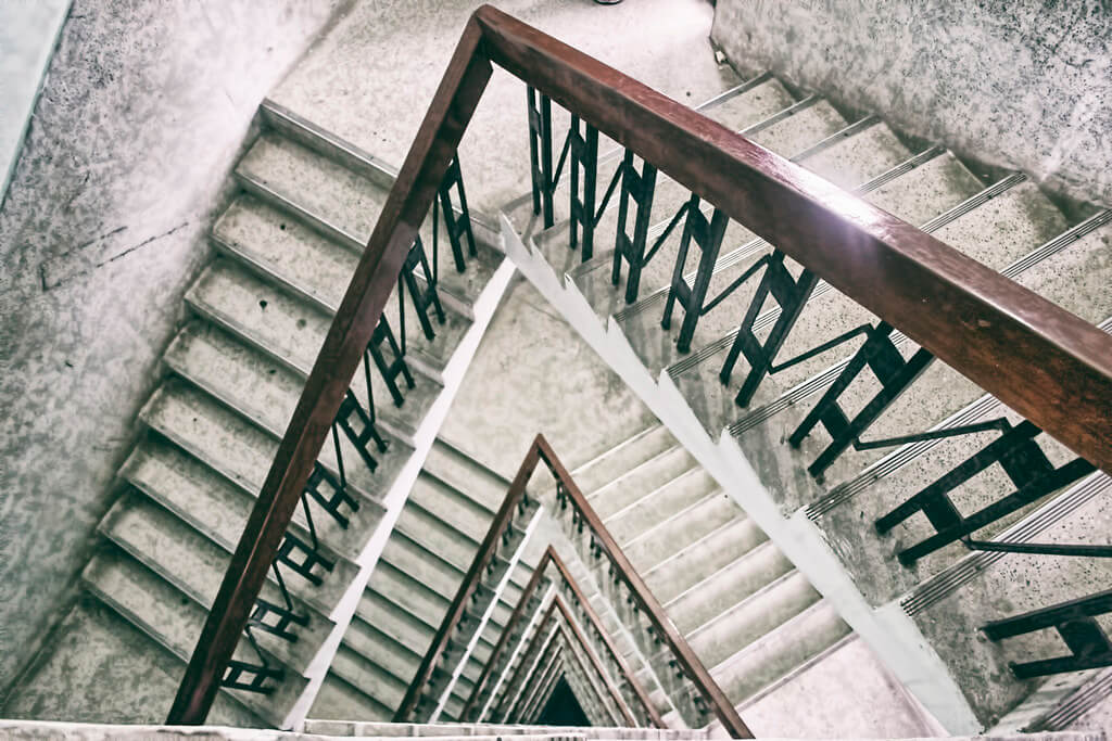 Shamini - Resumo da Escadaria